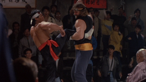 He probably could have broken Li's leg here, but they probably don't teach you that at the Drunken Brawling Idiot dojo.